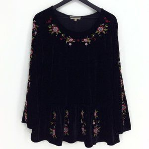 SOLITAIRE Embroidered Velvet Blouse